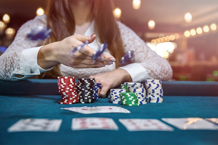 The Online Gambling Cowl Up